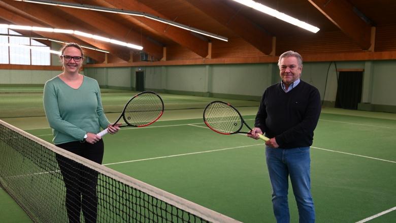 TSC-Vorsitzender Toni Höck und die MdL Katharina Gebauer
